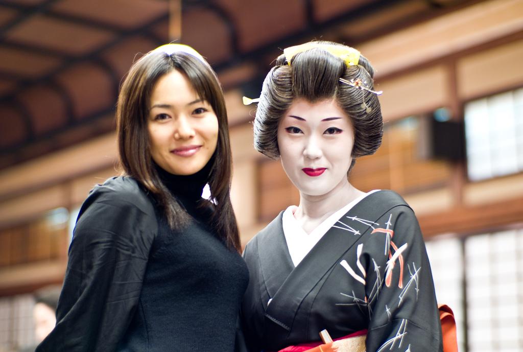 Geishas en kimono